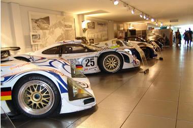 Porsche-museum-04.jpg