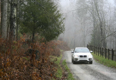 BMWX6-03.jpg