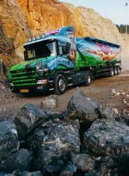 colorful-truck-01.jpg