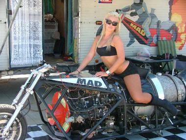 3800HP-bike-05.jpg
