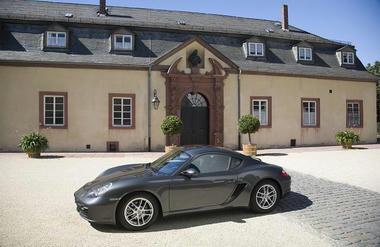 PorscheCayman1.jpg