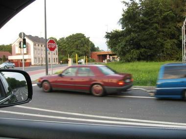 car_04.jpg