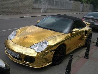 Golden-Porsche04.jpg