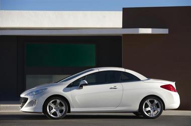 Peugeot_308cc_4.jpg