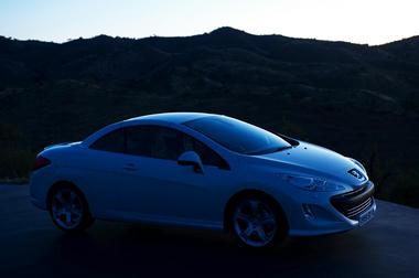 Peugeot_308cc_5.jpg