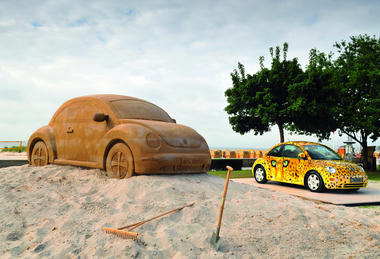 VW-New-Beetle-Sand-Carscoop-2.jpg