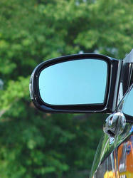 mirror-02.jpg