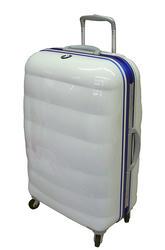 Suitcase-03.jpg