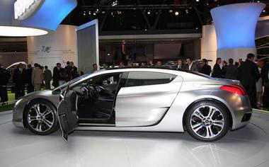 Peugeot-RC-HY-03.jpg