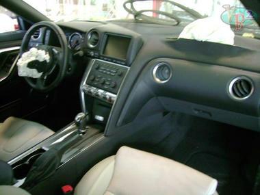 Nissan-GT-R-3.jpg