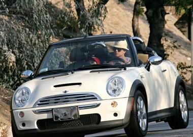 Celebrity-car1.jpg