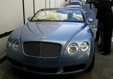 Celebrity-car4.jpg
