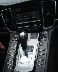 Porsche-interior-03.jpg
