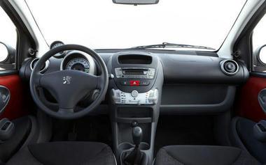 Peugeot107-01.jpg