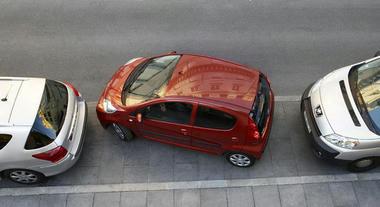 Peugeot107-02.jpg