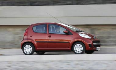 Peugeot107-04.jpg