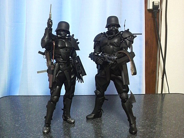 92式特殊強化装甲服