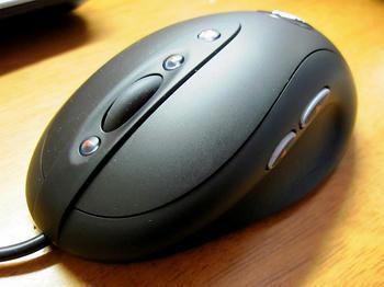 ロジクール製マウス MX518