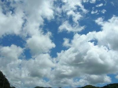 ふと空を見上げる