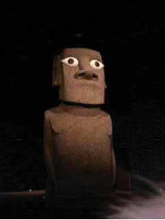 moaiii.jpg
