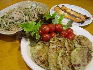ミニお好み焼き・もやしの中華炒め・焼き鮭