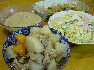 大根の煮物・スパサラダ・山芋・もやしと人参とにらの中華炒め