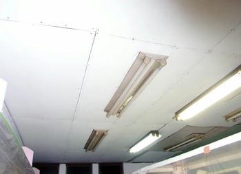 2階天井板張り