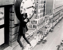 harold-lloyd-in-safety-last.jpg