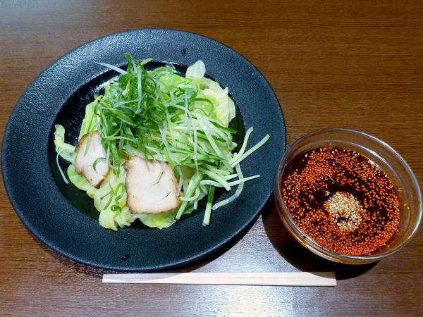 定番つけ麺(普通・辛さ20倍)