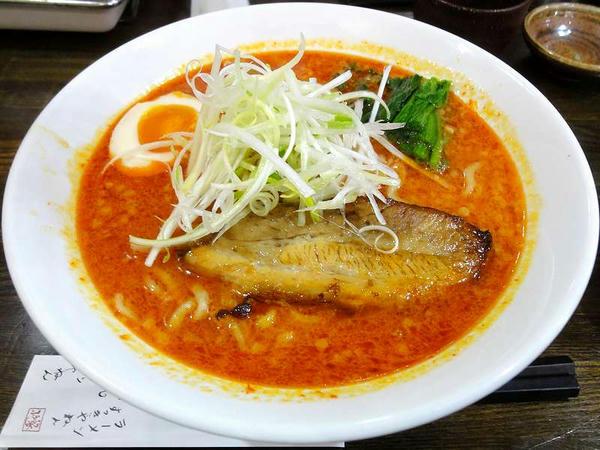 ピリ辛味噌拉麺 烈(れつ)