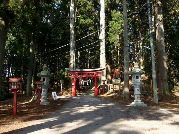 羽黒山神社駐車場付近