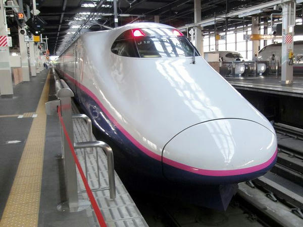 東北新幹線やまびこ284号