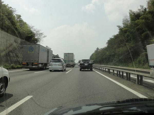 鈴鹿IC手前の渋滞