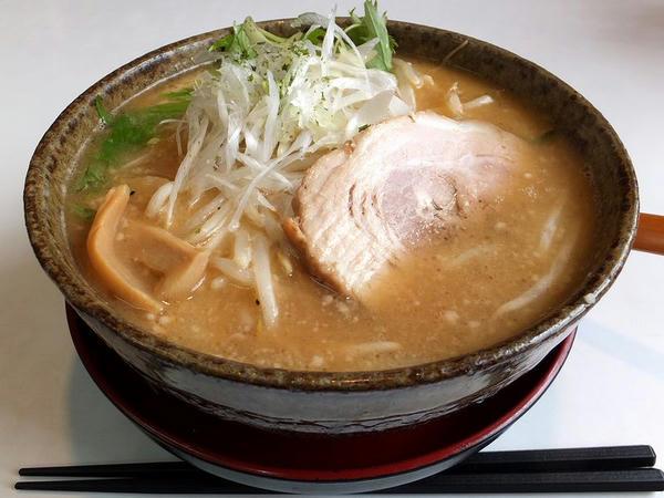 みそラーメン(赤味噌)