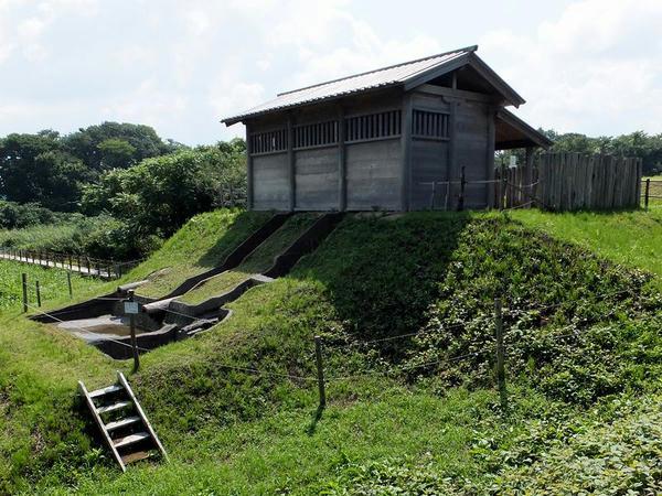 水洗厠舎跡(すいせんかわやあと)(1)