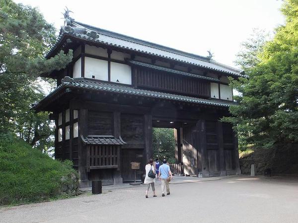 二の丸南内門