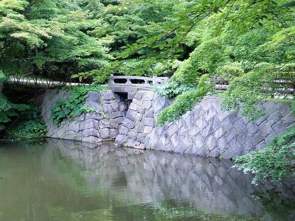 東内門外橋(石橋)