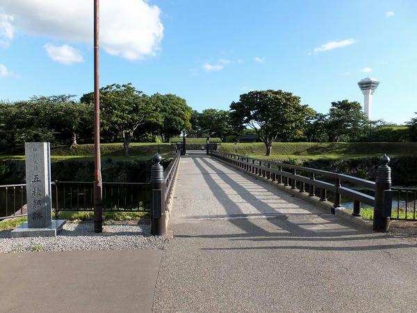 裏門橋付近