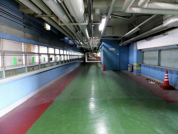 スタンド3階東側内部