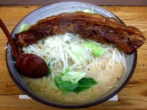肉ミルクラーメン 1100円