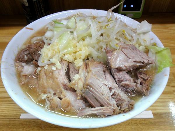小豚ラーメン(ニンニク) 750円