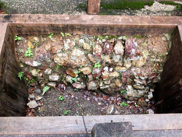 信長公入城以前の石積み