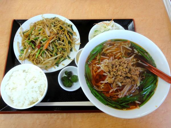 焼きそばランチ(スープを台湾ラーメンに変更) 700円