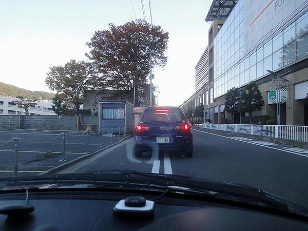 第1駐車場開場待ち