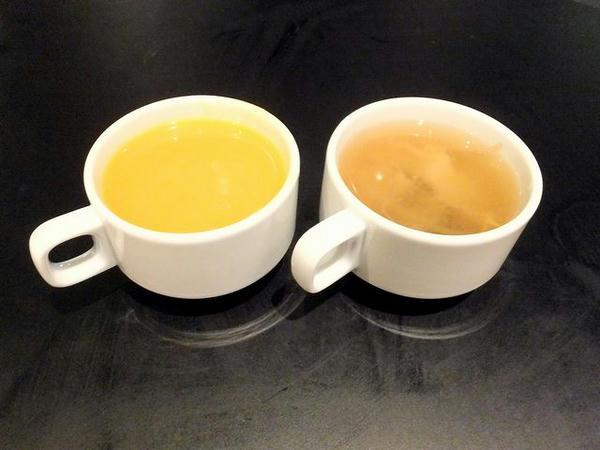 かぼちゃのスープと中華スープ