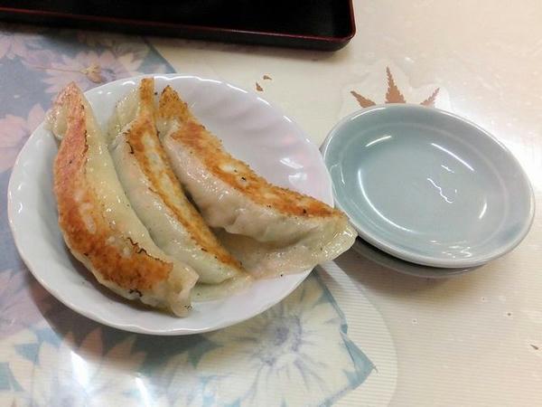 焼餃子(3個) 240円