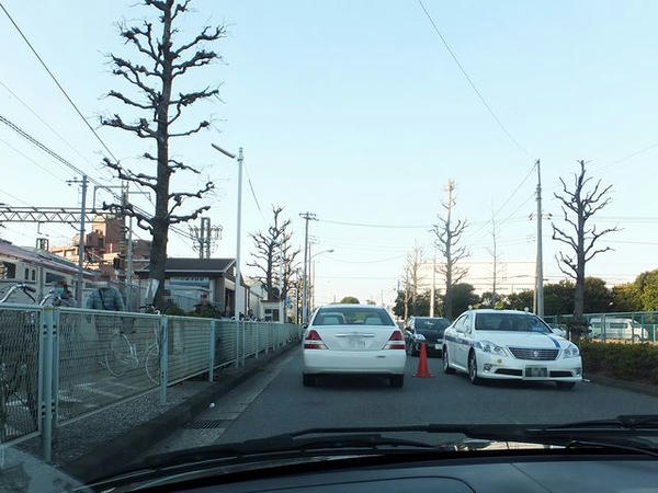 川崎大師駅付近渋滞中
