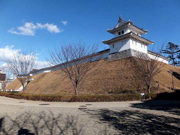 土塁と富士見櫓
