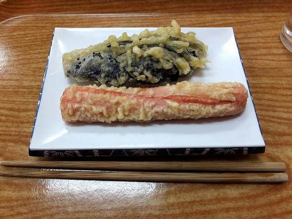 魚肉ソーセージ天 80円 と なす天 80円