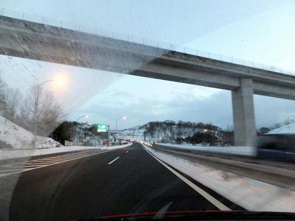 午後5時32分頃の上信越道(上田菅平IC付近)